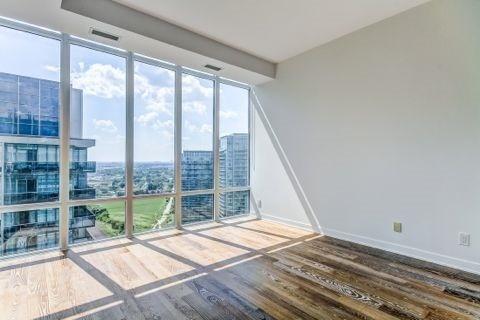 Condo Apartment at 90 Park Lawn Rd, Unit 3102, Toronto, Ontario. Image 4