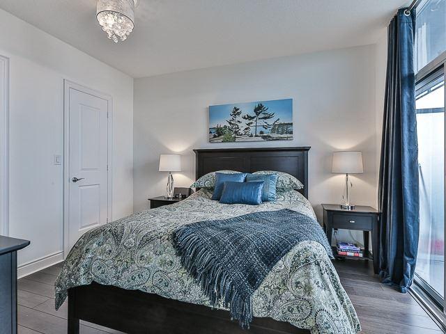 Condo Apartment at 16 Brookers Lane, Unit 3701, Toronto, Ontario. Image 4