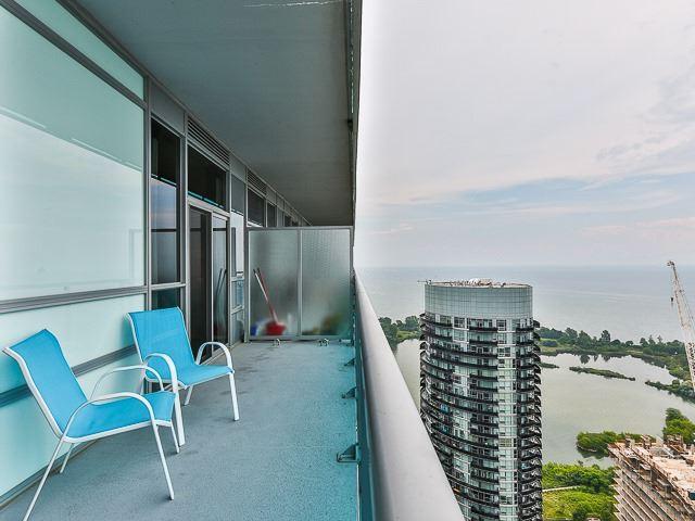 Condo Apartment at 16 Brookers Lane, Unit 3701, Toronto, Ontario. Image 7