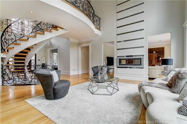 Detached at 458 Meadow Wood Rd, Mississauga, Ontario. Image 15