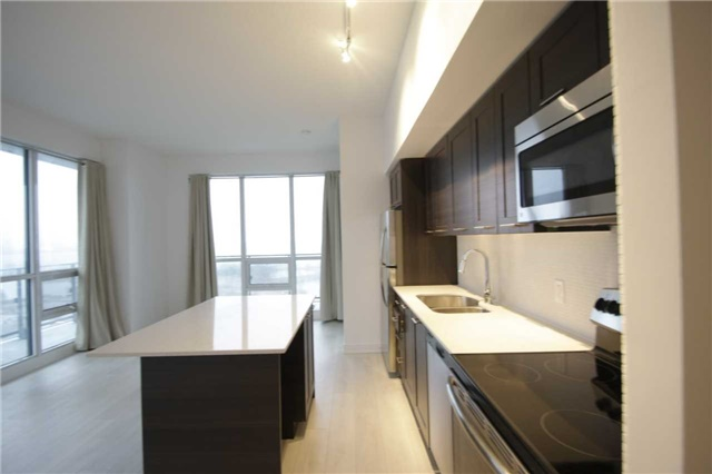 Condo Apartment at 2212 Lakeshore Blvd W, Unit 2001, Toronto, Ontario. Image 13