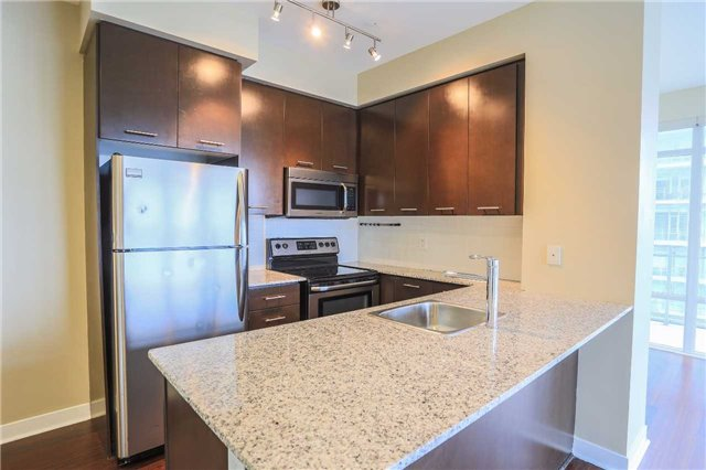 Condo Apartment at 365 Prince Of Wales Dr, Unit 1311, Mississauga, Ontario. Image 13