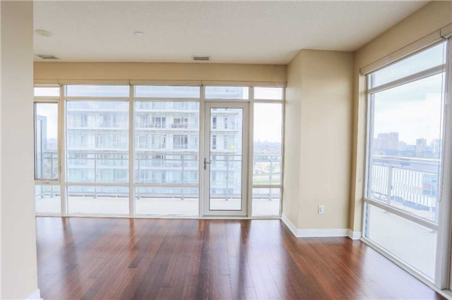 Condo Apartment at 365 Prince Of Wales Dr, Unit 1311, Mississauga, Ontario. Image 17