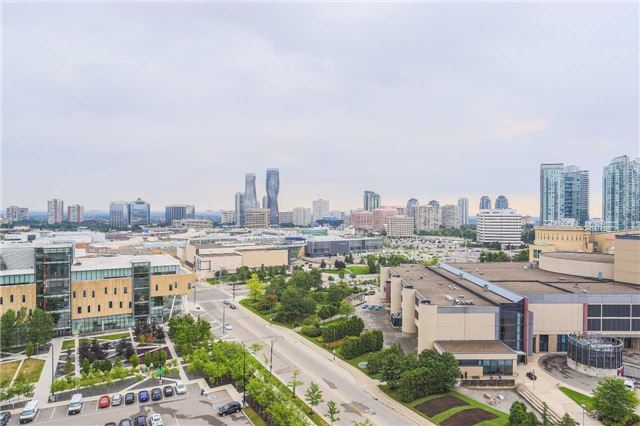 Condo Apartment at 365 Prince Of Wales Dr, Unit 1311, Mississauga, Ontario. Image 7