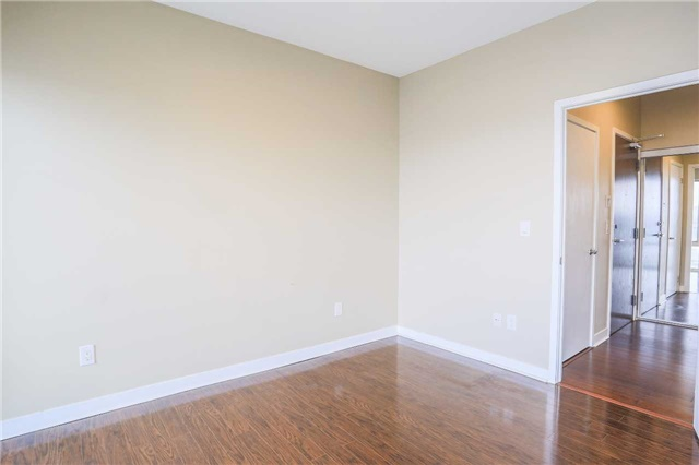 Condo Apartment at 365 Prince Of Wales Dr, Unit 1311, Mississauga, Ontario. Image 8