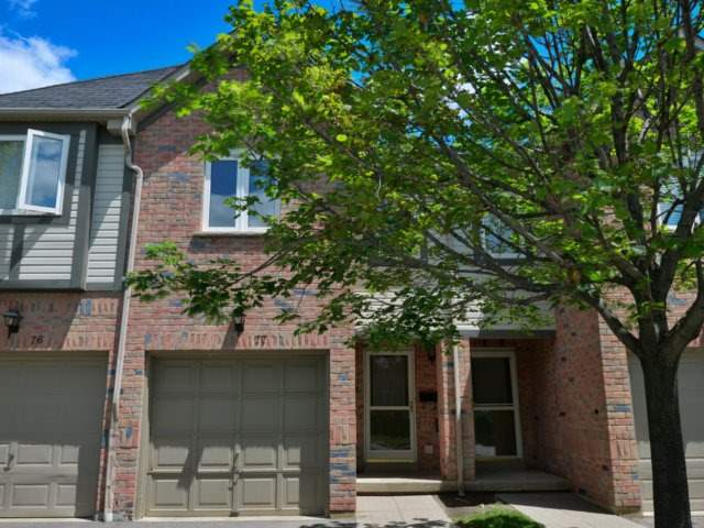 Condo Townhouse at 5255 Guildwood Way, Unit 77, Mississauga, Ontario. Image 1
