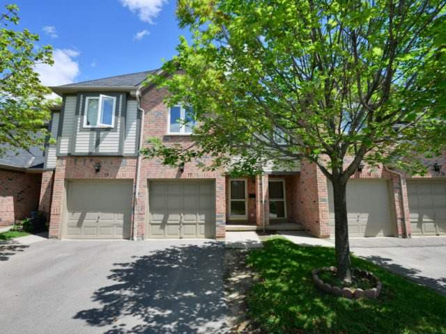 Condo Townhouse at 5255 Guildwood Way, Unit 77, Mississauga, Ontario. Image 12