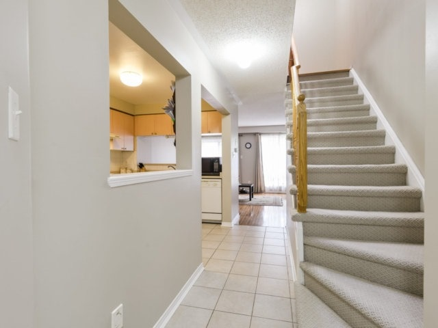 Condo Townhouse at 5255 Guildwood Way, Unit 77, Mississauga, Ontario. Image 15