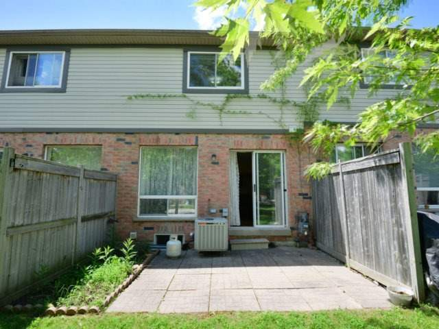Condo Townhouse at 5255 Guildwood Way, Unit 77, Mississauga, Ontario. Image 9