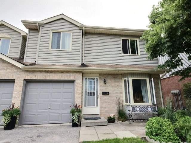 Condo Townhouse at 90 Lawrence Ave, Unit 99, Orangeville, Ontario. Image 1