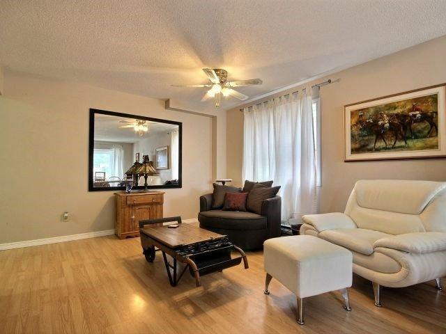 Condo Townhouse at 90 Lawrence Ave, Unit 99, Orangeville, Ontario. Image 3