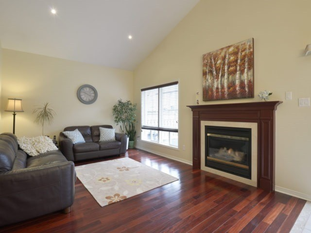 Detached at 4796 Glasshill Grve, Mississauga, Ontario. Image 14