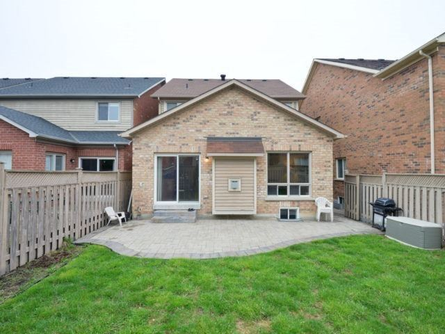 Detached at 4796 Glasshill Grve, Mississauga, Ontario. Image 13