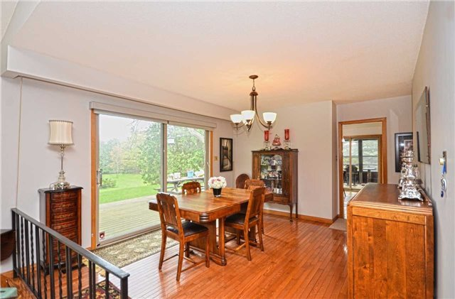 Detached at 16023 Centreville Creek Rd, Caledon, Ontario. Image 20