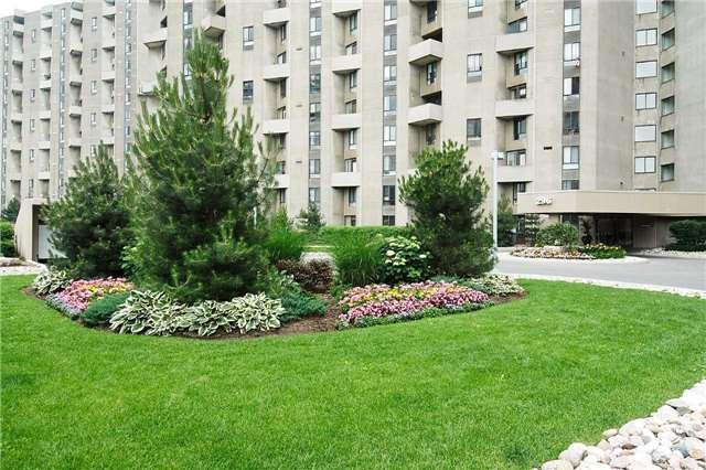 Condo Apartment at 296 Mill Rd, Unit C21, Toronto, Ontario. Image 1