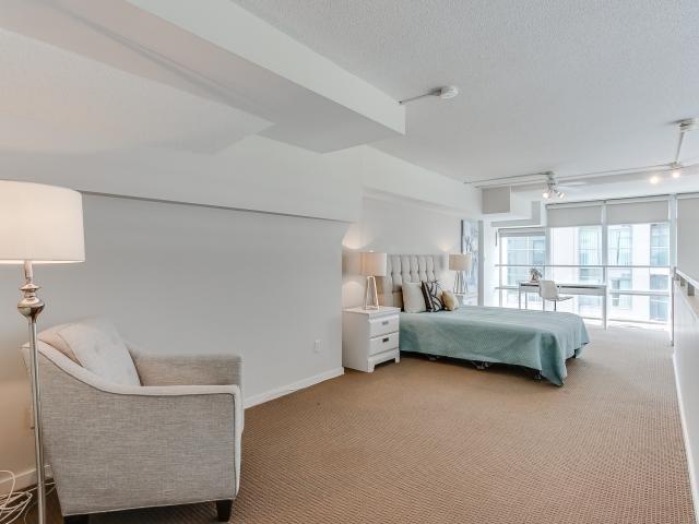 Condo Apartment at 300 Manitoba St, Unit 428, Toronto, Ontario. Image 20