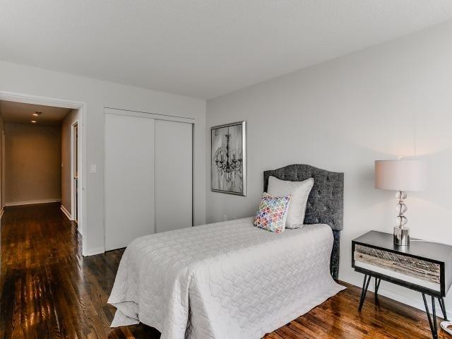 Condo Apartment at 300 Manitoba St, Unit 428, Toronto, Ontario. Image 5