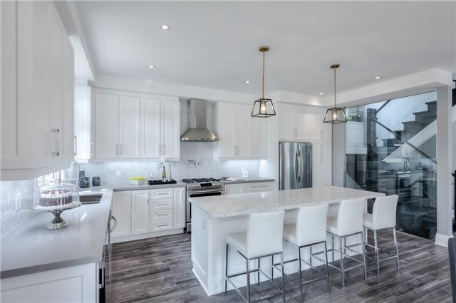 Detached at 62 Chartwell Rd, Toronto, Ontario. Image 17