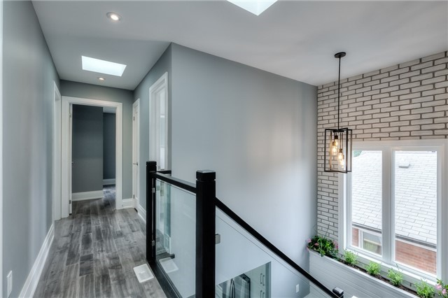 Detached at 62 Chartwell Rd, Toronto, Ontario. Image 6