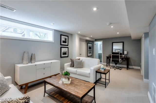 Detached at 62 Chartwell Rd, Toronto, Ontario. Image 8