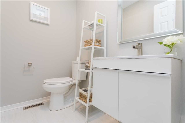 Townhouse at 153 Harbourview Cres, Toronto, Ontario. Image 16