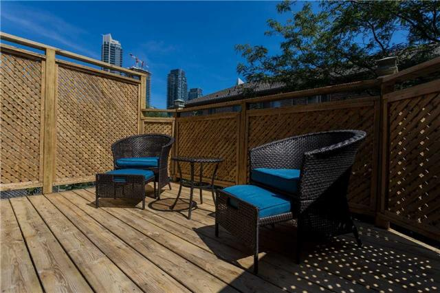 Townhouse at 153 Harbourview Cres, Toronto, Ontario. Image 11