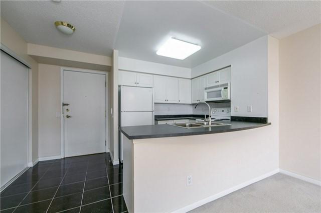 Condo Apartment at 35 Kingsbridge Garden Circ, Unit 1202, Mississauga, Ontario. Image 12