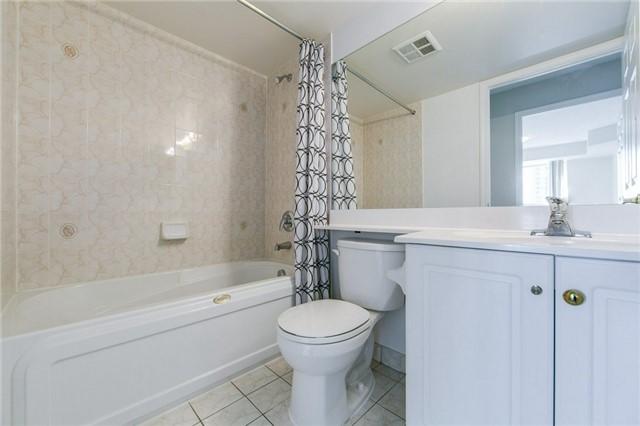 Condo Apartment at 35 Kingsbridge Garden Circ, Unit 1202, Mississauga, Ontario. Image 7