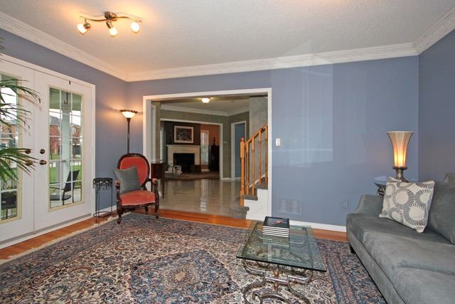 Detached at 2097 Shorncliffe Blvd, Oakville, Ontario. Image 16