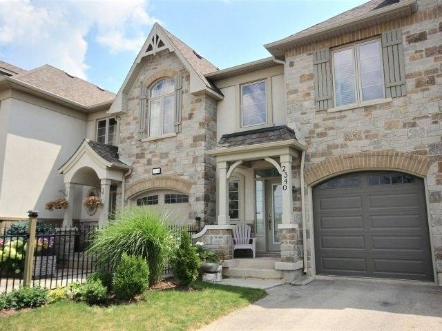Townhouse at 2340 Whistling Springs Cres, Oakville, Ontario. Image 1