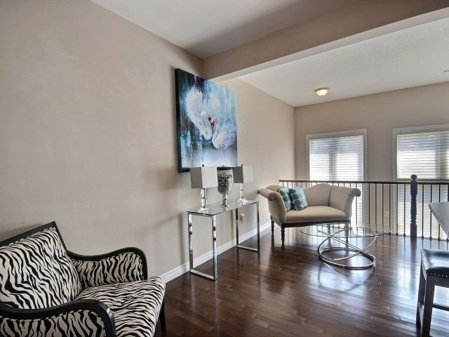 Townhouse at 2340 Whistling Springs Cres, Oakville, Ontario. Image 18