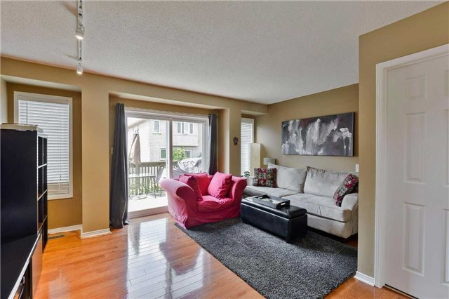 Townhouse at 7198 Deanlee Crt, Mississauga, Ontario. Image 15