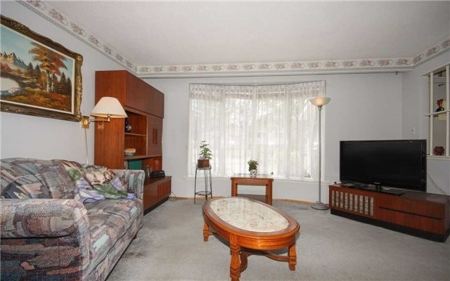 Detached at 1 Millview Cres, Toronto, Ontario. Image 16