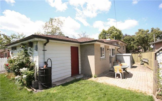 Detached at 1 Millview Cres, Toronto, Ontario. Image 13