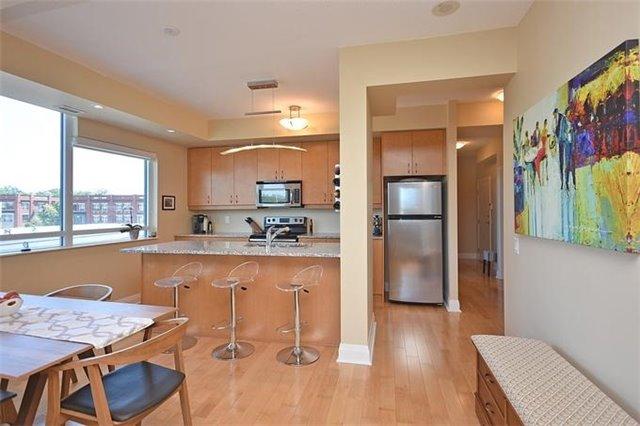 Condo Apartment at 1 Hurontario St, Unit #203, Mississauga, Ontario. Image 17