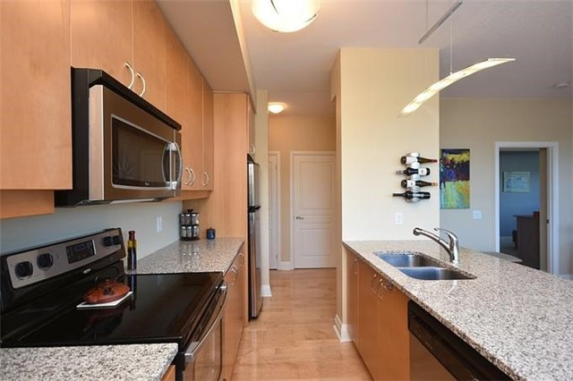 Condo Apartment at 1 Hurontario St, Unit #203, Mississauga, Ontario. Image 19