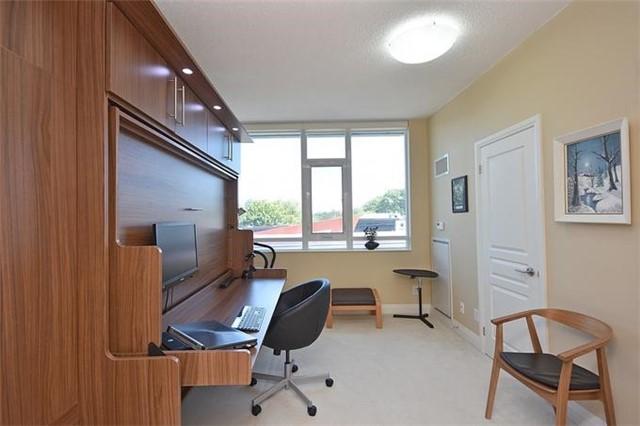 Condo Apartment at 1 Hurontario St, Unit #203, Mississauga, Ontario. Image 3
