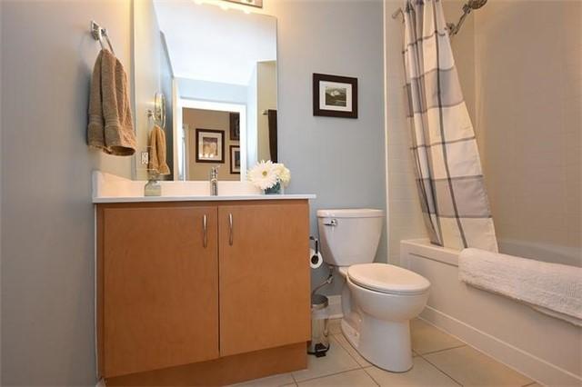 Condo Apartment at 1 Hurontario St, Unit #203, Mississauga, Ontario. Image 4