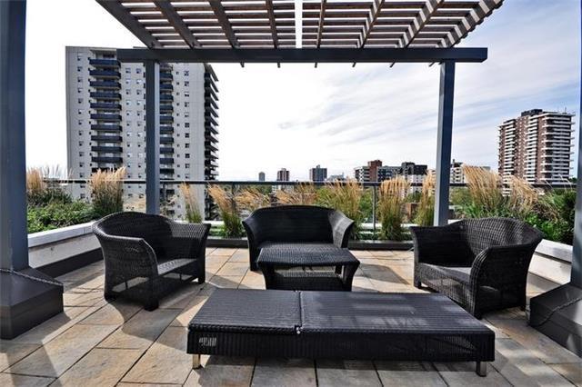 Condo Apartment at 1 Hurontario St, Unit #203, Mississauga, Ontario. Image 8