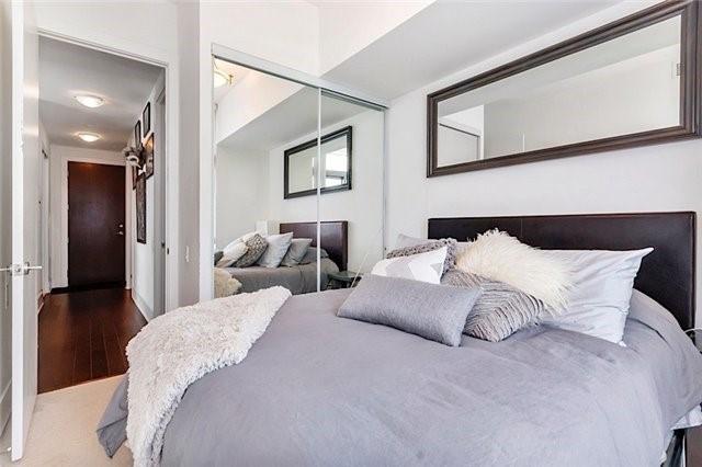 Condo Apartment at 103 The Queensway Ave, Unit 2811, Toronto, Ontario. Image 3