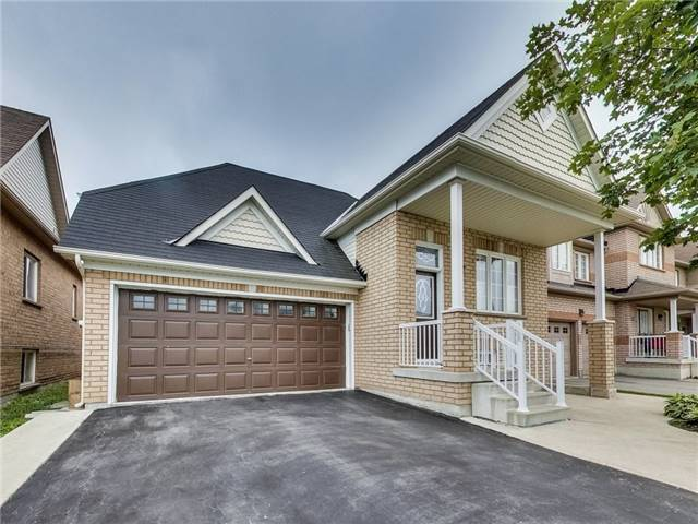 Detached at 31 Bramtrail Gate, Brampton, Ontario. Image 1