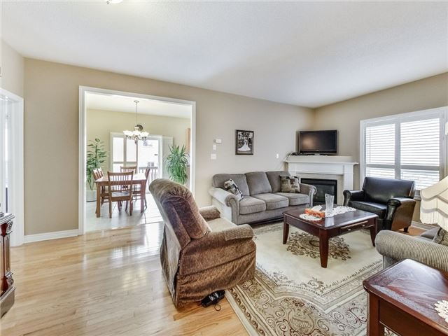 Detached at 31 Bramtrail Gate, Brampton, Ontario. Image 16
