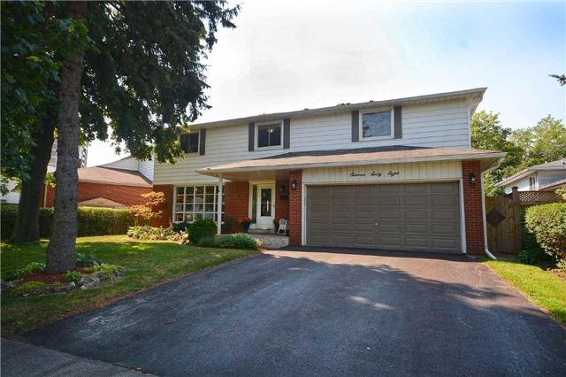 Detached at 1168 Queens Ave, Oakville, Ontario. Image 1