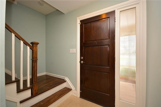 Detached at 1168 Queens Ave, Oakville, Ontario. Image 15