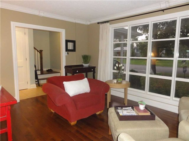 Detached at 1168 Queens Ave, Oakville, Ontario. Image 16