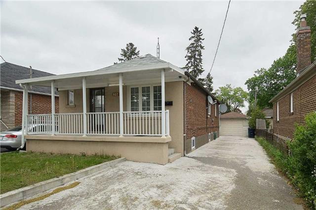 Detached at 927 Islington Ave, Toronto, Ontario. Image 12