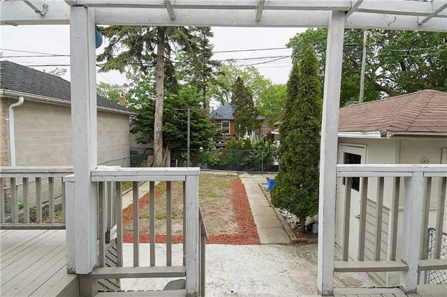 Detached at 927 Islington Ave, Toronto, Ontario. Image 9