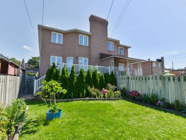 Semi-detached at 228 Rosethorn Ave, Toronto, Ontario. Image 13
