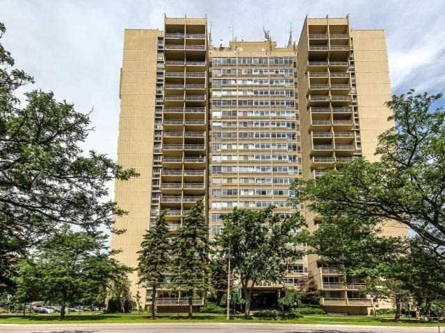 Condo Apartment at 1359 White Oaks Blvd, Unit 705, Oakville, Ontario. Image 1