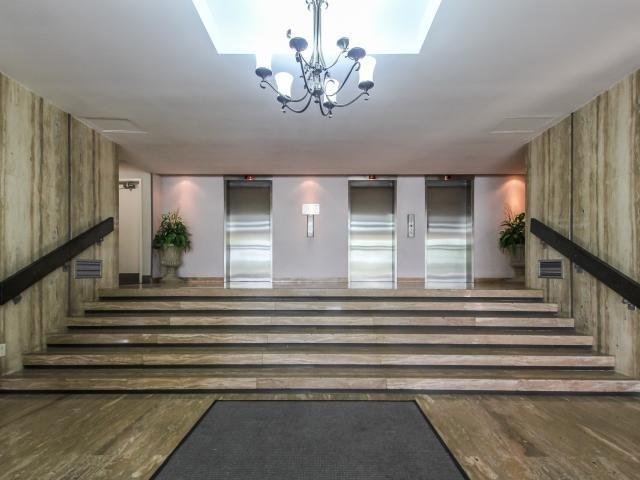 Condo Apartment at 1359 White Oaks Blvd, Unit 705, Oakville, Ontario. Image 14
